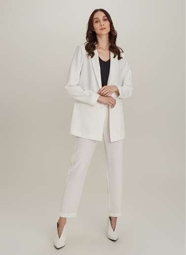 Ng Style Kuşgözlü Kalın Kemerli Ceket Beyaz